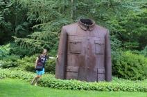 Mao's Jacket, Sui Jianguo