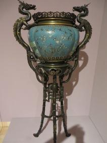 Cloisonne enamel vase, Quing dynasty, 1644-1911